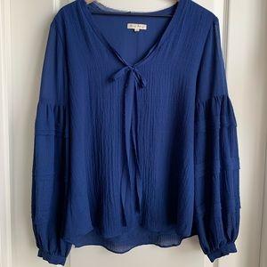 Jane & Delancey blue bell sleeve blouse size large